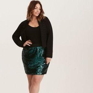 torrid FESTIVE green sequin mini skirt NWT Size 1